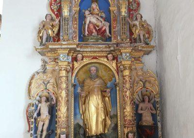 Desni stranski oltar pred posegom